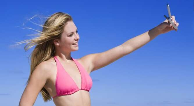 Selfies -- The Best Way to Show-off Your Self-expressions 5