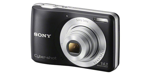 Sony Cybershot 14.1 MP Point and Shoot Camera