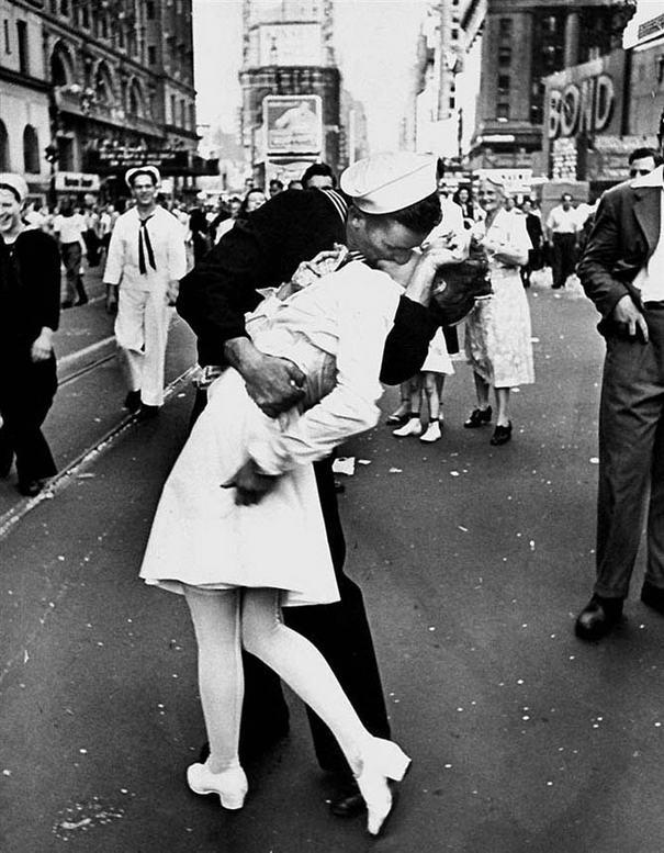 famous kisses