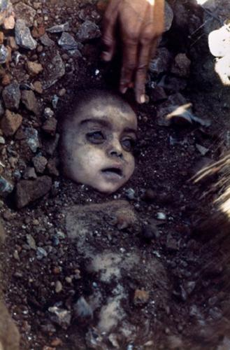 Bhopal Gas Tragedy photographs that shook the world