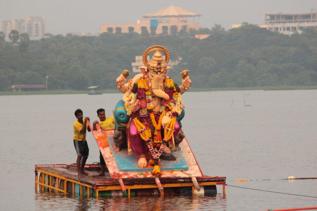 powai-Ganesh-Visarjan