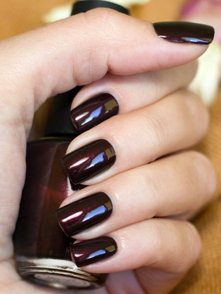 beautiful-winter-nail-colors