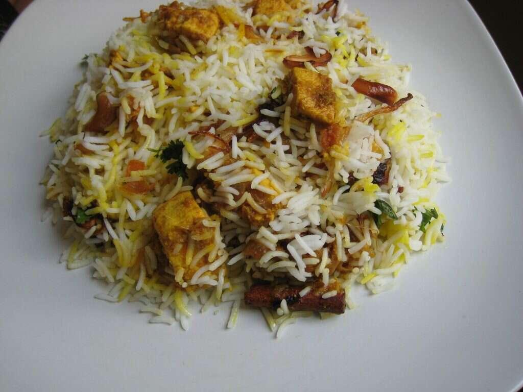 makhni-paneer-biryani-special vegetarian dishes