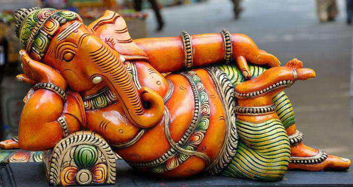 lord-ganesha-statues-all-you-need-to-know-reclining