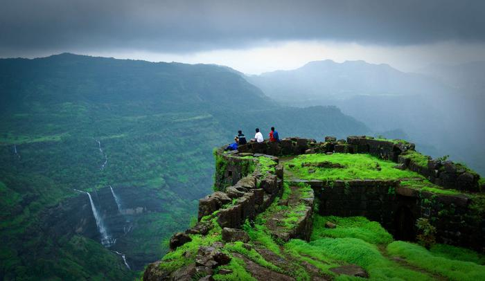 places-to-visit-in-india-rajmachi