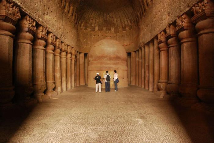 places-to-visit-in-mumbai-kanheri-caves