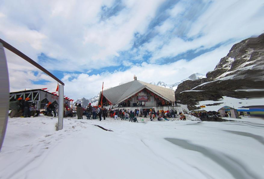 religious-travel-destinations-india-hemkund-sahib