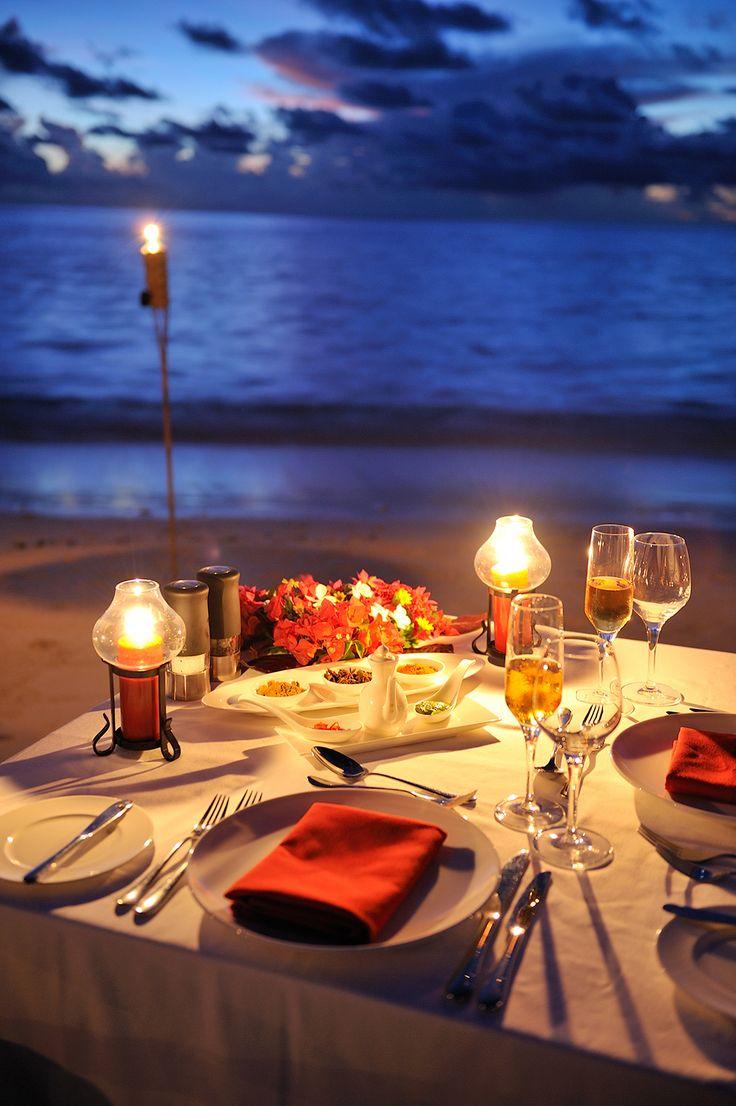 romatic dinner date gift for him