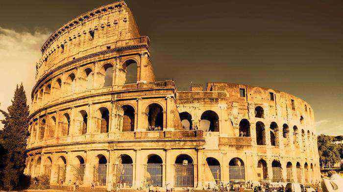 Colosseum 3 week itinerary london paris italy