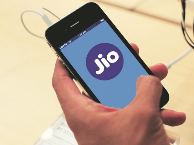 reliance jio mobile phones below 3000