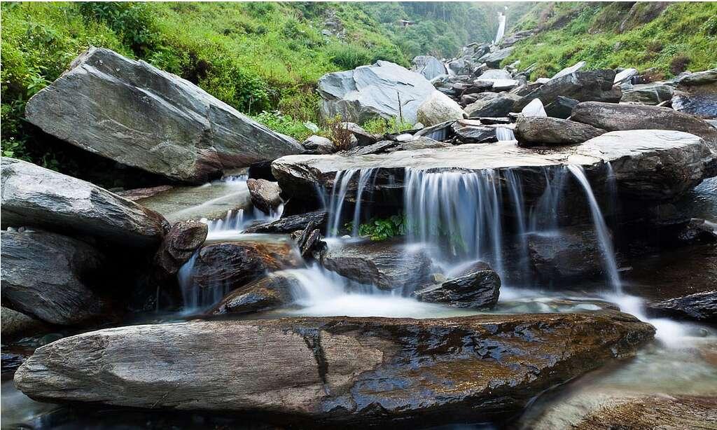 Bhagsu Himachal Pradesh 10 breathtaking waterfalls india