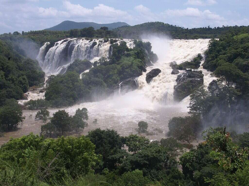 Shivanasamudra Falls Karnataka 10 breathtaking waterfalls India