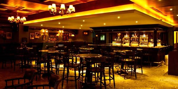 best sports bar in hyderabad shamrock