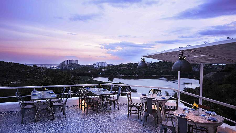 olive bistro best rooftop restaurants in Hyderabad