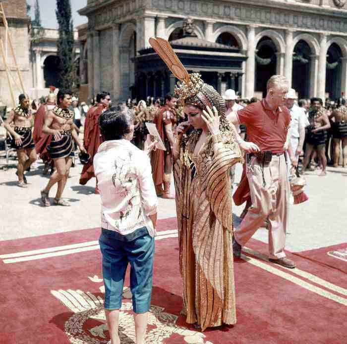 10 offbeat places in rome cinecitta cleopatra