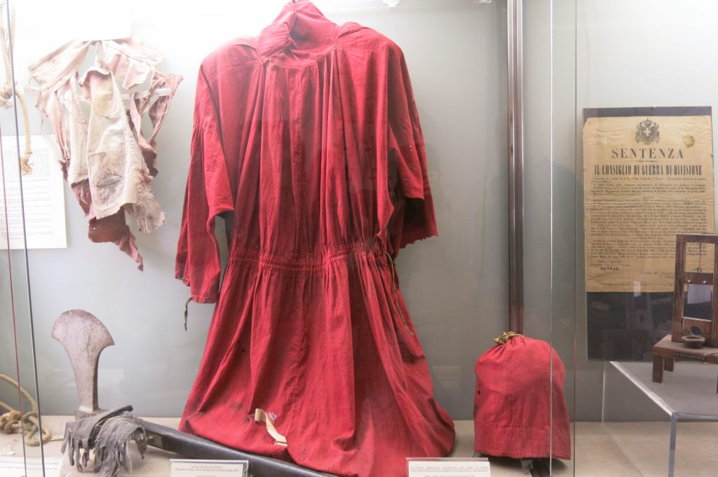 10 offbeat places in rome criminology museum red robe