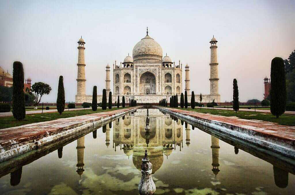 10 places to visit in india before they disappear taj-mahal smog
