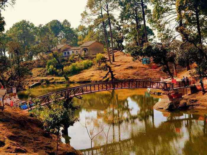 Bhulla Tal Lansdowne hill stations near Delhi