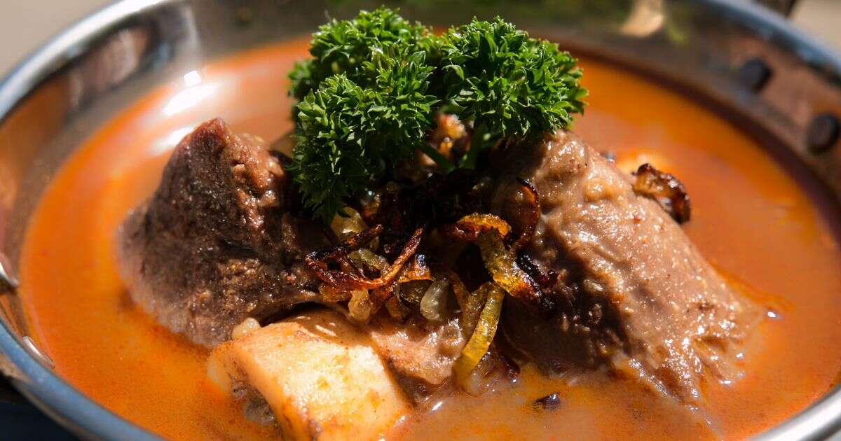 nihari of delhi in Hyderabad
