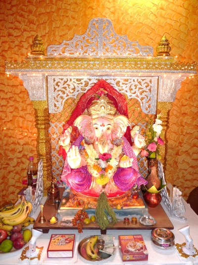 ord ganesha statues at home
