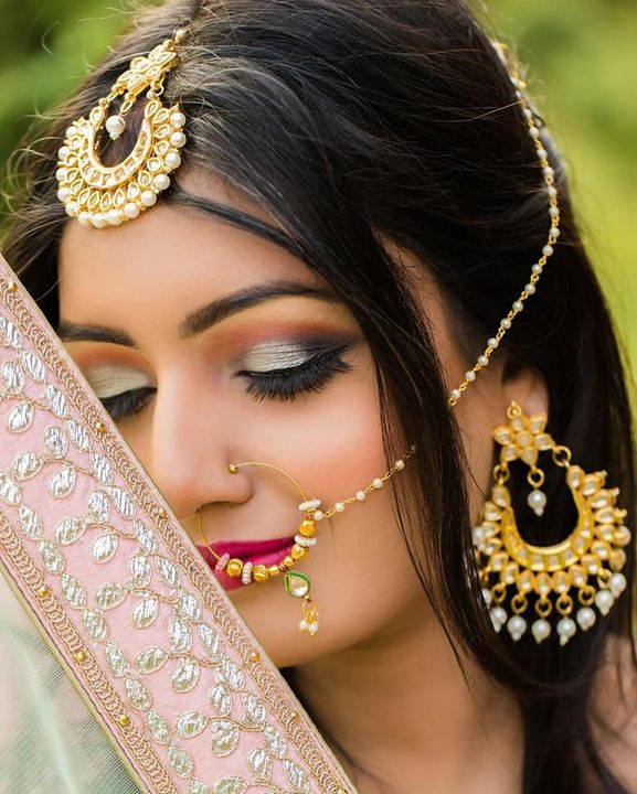The bronze makeup look has been in for years and is here to stay. It isn't for the brides that want to go for a traditional Indian bridal look, ...