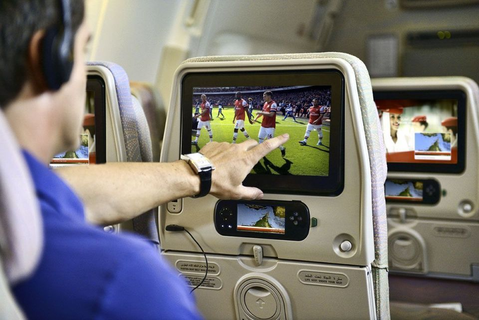 emirates baggage allowance onboard entertainment