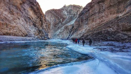 Chadar Zanskar Frozen River Trek